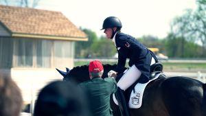 trouver-bon-coach-equitation